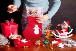 Budget-Friendly-DIY-Christmas-Decorations