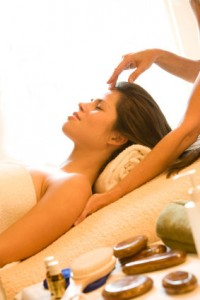aromatherapy-massage-techniques-s600x600-1